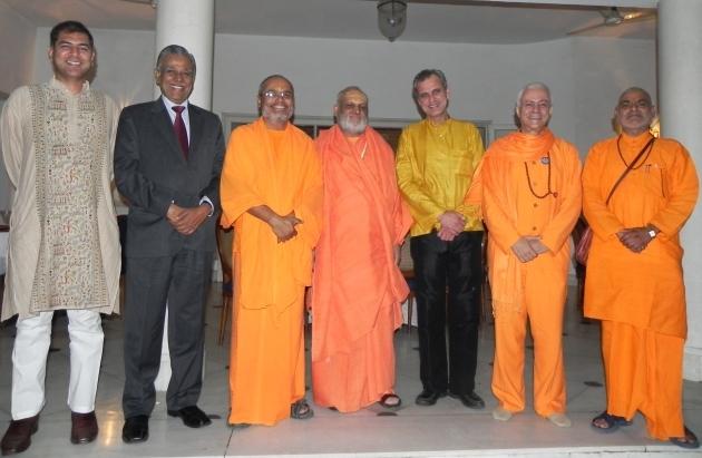 Recepção dos Grandes Mestres do Yoga da Índia na Embaixada de Portugal