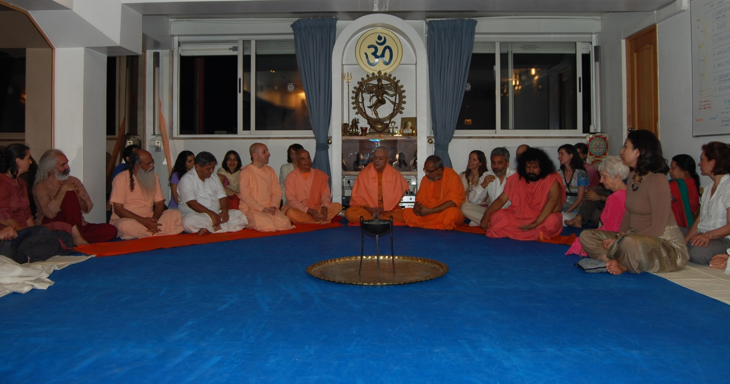 Reception of the Invited Masters to the International Day of Yoga at the Headquarters of the Portuguese Yoga Confederation, Lisboa – 2011