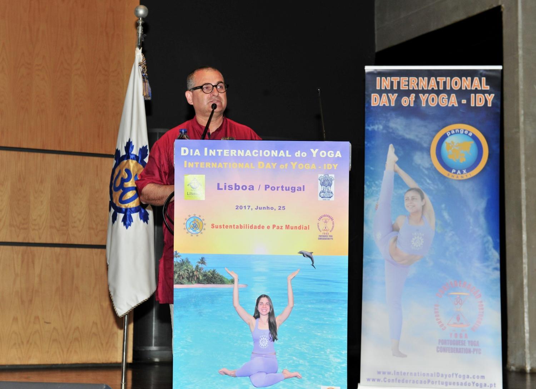 Día del Sámkhya - de la Filosofía y de la Ciencia - 2017- Conferencia por Mahaprabhu Dasa, ISKCON