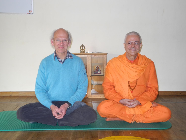 Meeting of H.H. Jagat Guru Amrta Sūryānanda Mahā Rāja with Master Thierry Van Brabant - Centre Samtosha, Jodoigne, Belgium - 2012, March