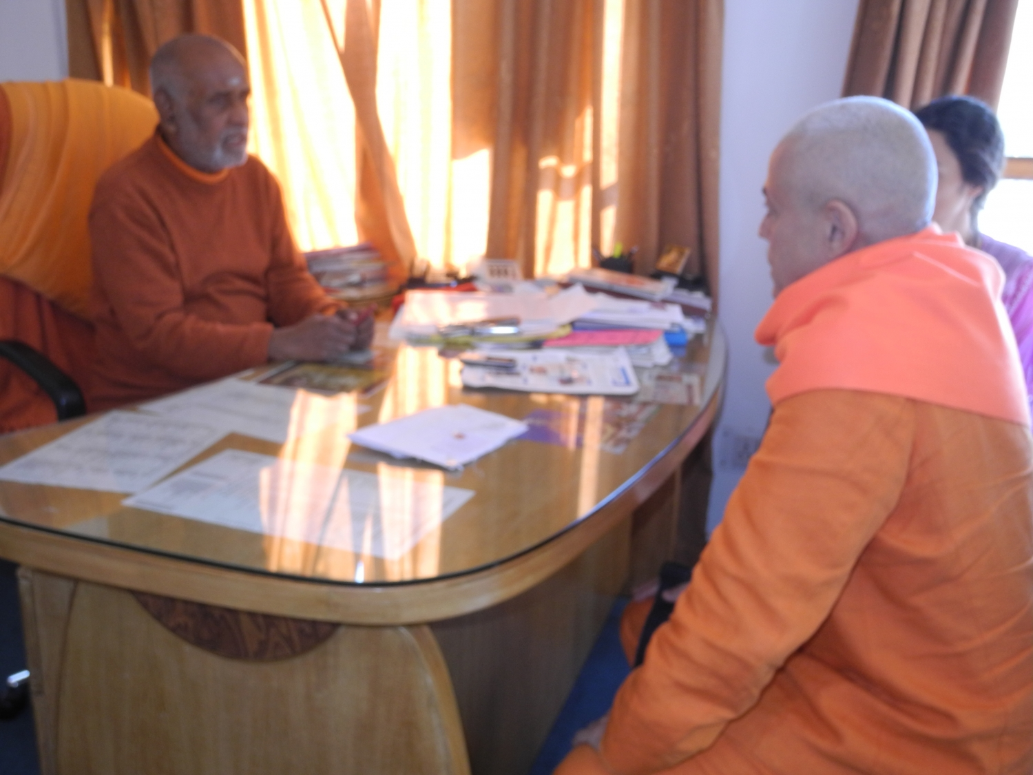 Visit of H.H. Jagat Guru Amrta Sūryānanda Mahā Rāja to the Shivánanda Áshrama - rshikesh, India - 2013, February