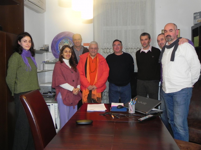 Meeting of H.H. Jagat Guru Amrta Sūryānanda Mahā Rāja with Maestro Madhavacharya - Zestoa, Euskadi - 2012, January