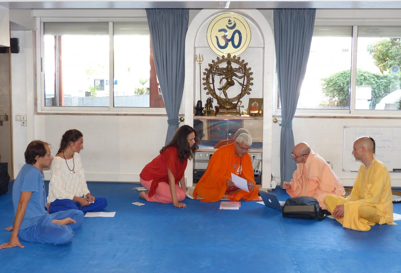 Visite de Svāmin Yadunandana  - ISKCON Hare Krshna - au Siège National de la Confédération Portugaise du Yoga - Lisboa - 2012, juin